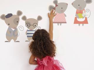 Mouse Family Fabric Wall Sticker SnuggleDust Studios Habitaciones infantilesAccesorios y decoración