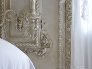 Les appliques shabby chic et romantique:  de style  par LE GRENIER D'ALICE