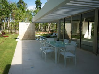 Patios & Decks by Enrique Cabrera Arquitecto