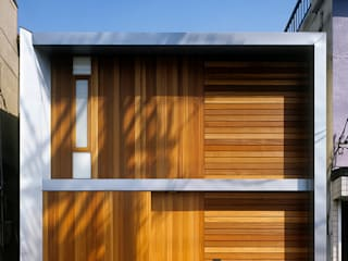 Casas de estilo  de 緒方幸樹建築設計事務所