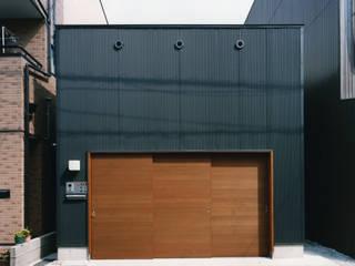 帝塚山の家 モダンな 家 の 中間建築設計工房/NAKAMA ATELIER モダン