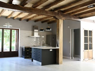 Rustic style kitchen by Lidera domÉstica Rustic