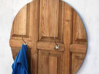Rovira:   von Hidden Rooms