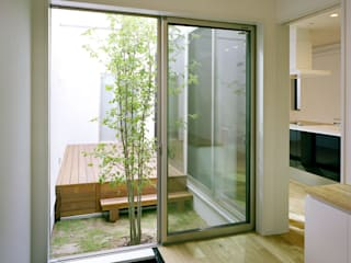 尼崎の家 モダンな庭 の 中間建築設計工房/NAKAMA ATELIER モダン