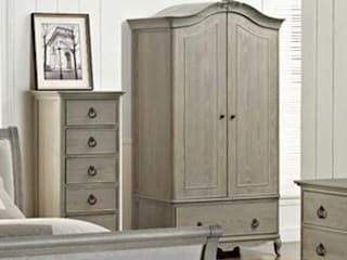 Furniture di CROWN FRENCH FURNITURE Classico
