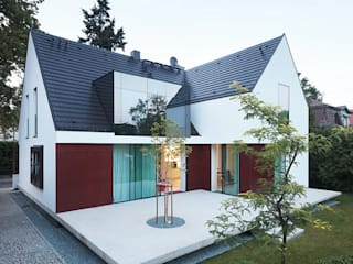 KMA Kabarowski MIsiura Architekci บ้านและที่อยู่อาศัย