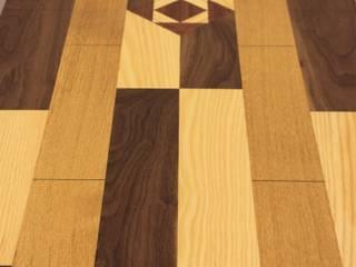 Mosaic Table Worsley Woodworking Vestíbulos, pasillos y escalerasAccesorios y decoración
