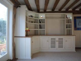 Painted corner TV unit Worsley Woodworking Sala multimediaMuebles