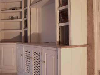 Painted corner TV unit Worsley Woodworking SalonesMuebles de televisión y dispositivos electrónicos