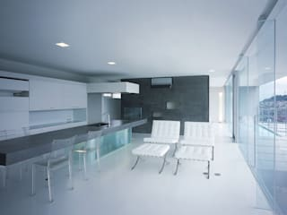 中山の住宅 モダンデザインの リビング の アトリエ環 建築設計事務所 モダン