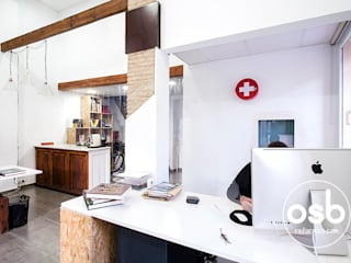 Industrial style study/office by osb arquitectos Industrial