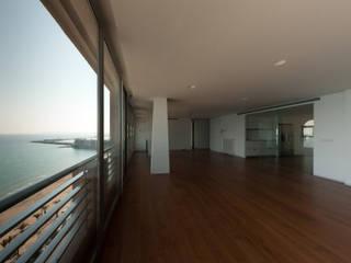 Casa BA Salones de estilo moderno de GOELIN ARQUITECTOS Moderno