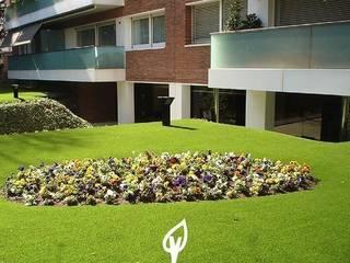 Cesped artificial en el hogar Verdalia Jardines de estilo mediterráneo