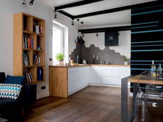 Modern style kitchen by Jacek Tryc-wnętrza Modern