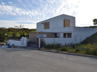 Modern houses by Complot Arquitectos Modern