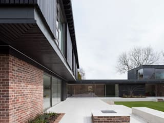Private House, Cardiff :  Houses by LOYN+CO ARCHITECTS