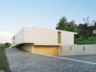 Weisser Beton:  Häuser von Rossetti+Wyss Architekten
