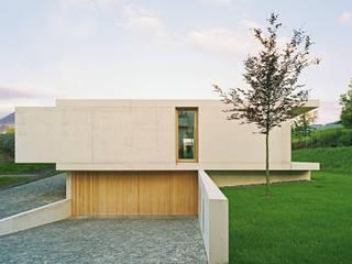 Strassenfassade:  Häuser von Rossetti+Wyss Architekten