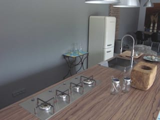 Minimalist kitchen by raphaeldesign Minimalist