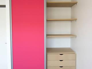 Anne Martins Design Dormitorios infantiles de estilo moderno