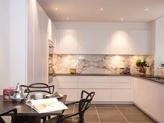 Kensington Church Street Apartment Refurbishment SWM Interiors & Sourcing Ltd Cocinas de estilo moderno