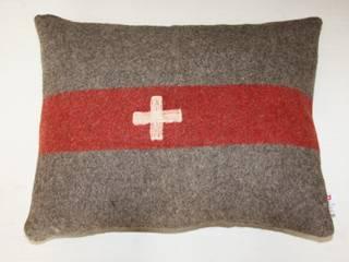 coussins Couverture d'Armee Suisse par The Desalpes Company Éclectique