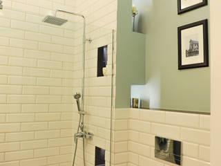 クラシックスタイルの お風呂・バスルーム の AgiDesign クラシック