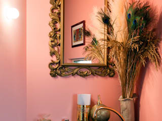 手洗室: 株式会社 藤本高志建築設計事務所が手掛けた浴室です。