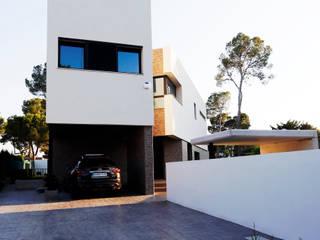 Vivienda bioclimática en la Cañada 3 M ARQUITECTURA Casas de estilo ecléctico