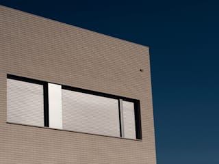 Casa Duato: Casas de estilo  de 3 M ARQUITECTURA
