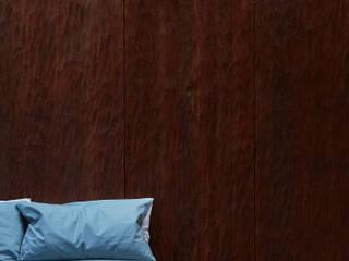 Wall panelling Paredes y pisos de estilo rústico de muto Rústico