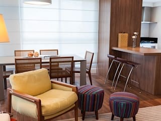 Modern dining room by AND Arquitetura Modern