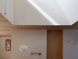 Asian style living room by Hiromu Nakanishi Architects Asian