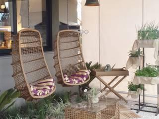 Ésse Arquitetura e Interiores Tropical style gardens