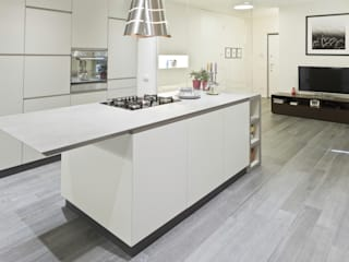 Minimalist kitchen by bdastudio Minimalist