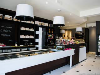 La Dolce Vita Bar & Club moderni di MARCHI SRL Moderno