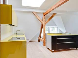 Küche: moderne Küche von CARLO Berlin - Architektur & Interior Design