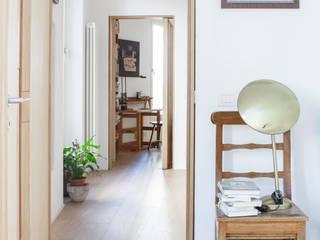 camera : Camera da letto in stile  di Giovanna Cavalli Architetto