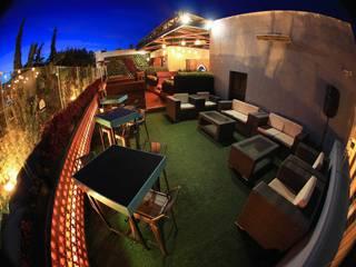 Bares y clubs de estilo moderno de Taller Habitat Arquitectos Moderno