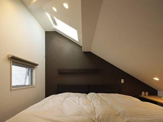 Modern style bedroom by 有限会社タクト設計事務所 Modern