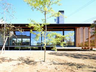 「林の中に住む。」: 丸山晴之建築事務所が手掛けた家です。,オリジナル