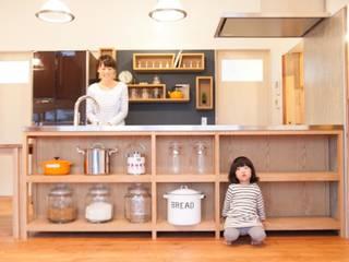 Ot-House: ADS一級建築士事務所が手掛けたキッチンです。