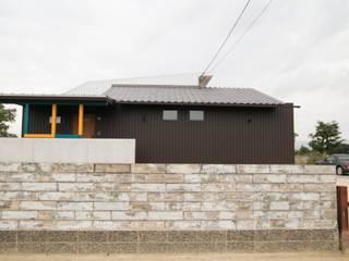 Rumah Gaya Eklektik Oleh ADS一級建築士事務所 Eklektik