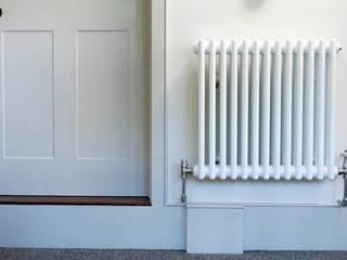 White two column radiator Modern Koridor, Hol & Merdivenler Mr Central Heating Modern