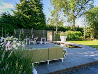 Pool Garden, Cheshire Modern Garden by Barnes Walker Ltd Modern