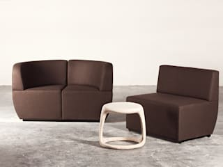 Cosmo Modular Couch: modern  by Studio Lulo, Modern