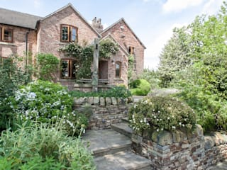 Cottage Garden, Cheshire โดย Barnes Walker Ltd ชนบทฝรั่ง