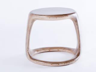 Fusion Stool: modern  by Studio Lulo, Modern