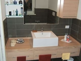 Minimalist style bathrooms by CORDEL s.r.l. Minimalist