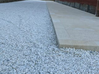 PAVIGRAVEL Outdoor Design Solution STILE SAS Pareti & Pavimenti in stile moderno